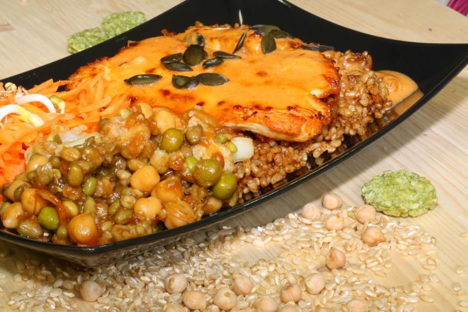 pureći file s povrćem i integralnom rižom