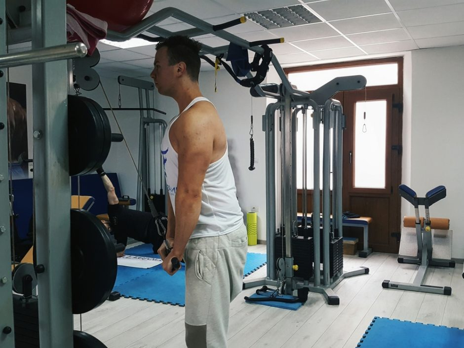 triceps potisak na kablu 2